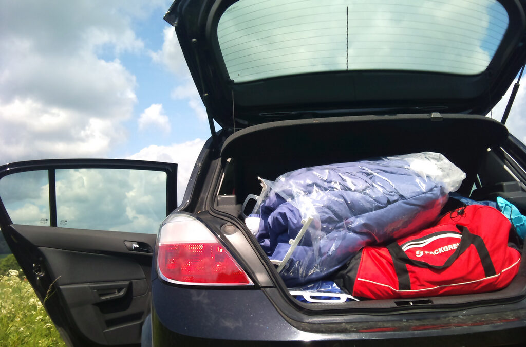 Shipping Your Car with Items in Your Trunk